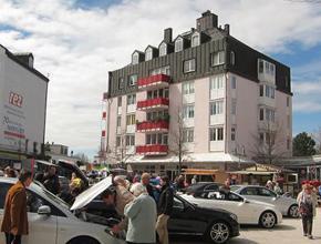 Große Autoschau im REZ Heimstetten!