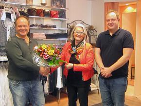 10 Jahre Mode Adelsberger im REZ!<br>Herzlichen Glückwunsch und vielen Dank!