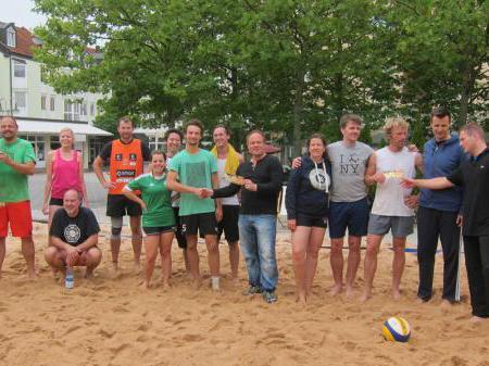 Beachvolleyball im REZ - bis Mitte August!