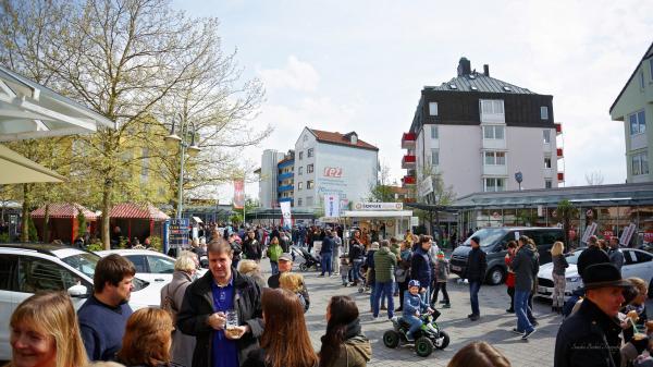 Große Autoschau im REZ Heimstetten!<br>INFOS & GEWINNSPIEL!