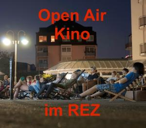 2. Open-Air-Kino im REZ - Bohemian Rhapsody, am Sa. 20.7.19